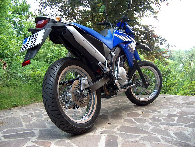 v yamaha xt 125 x racing blue 125er. Black Bedroom Furniture Sets. Home Design Ideas