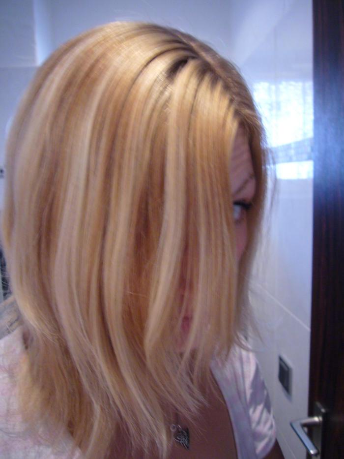 Blondierte Haare dunkler färben: So geht s - Freundin